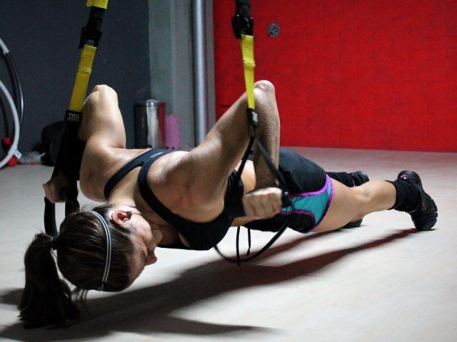 217_pole-fitness-TRX